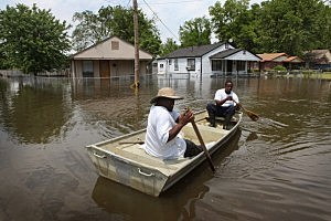 Mississippi Flooding At Near Record Levels