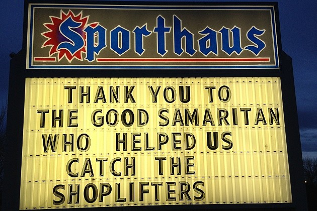 SportHaus Sign