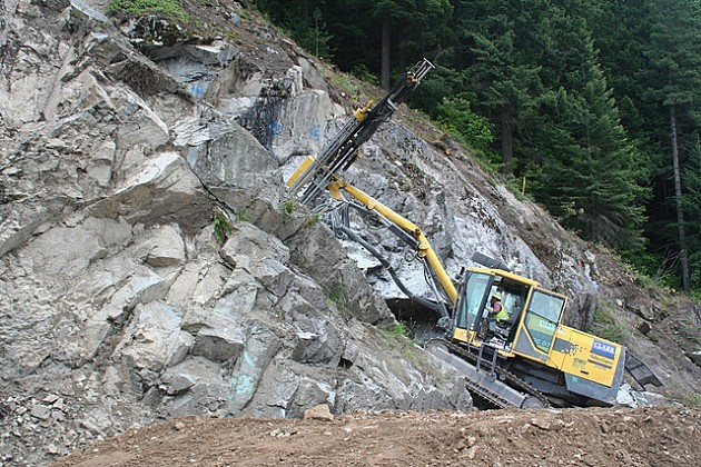 I-90 Snoqualmie Pass rock work