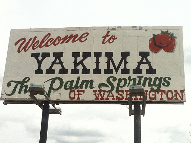 Yakima Palm Springs Sign