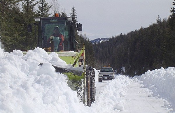 WSDOT Clears North Cascades Highway