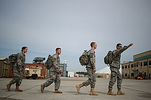 Some Of The Last 101st Airborne Troops Deployed To Fight Ebola Return To U.S.